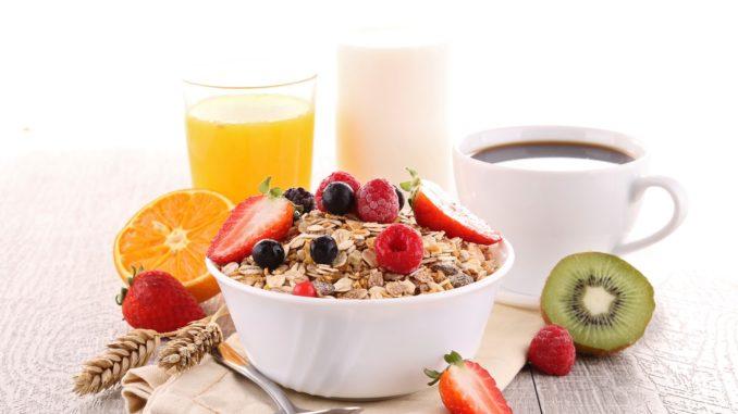 eat breakfast lose weight